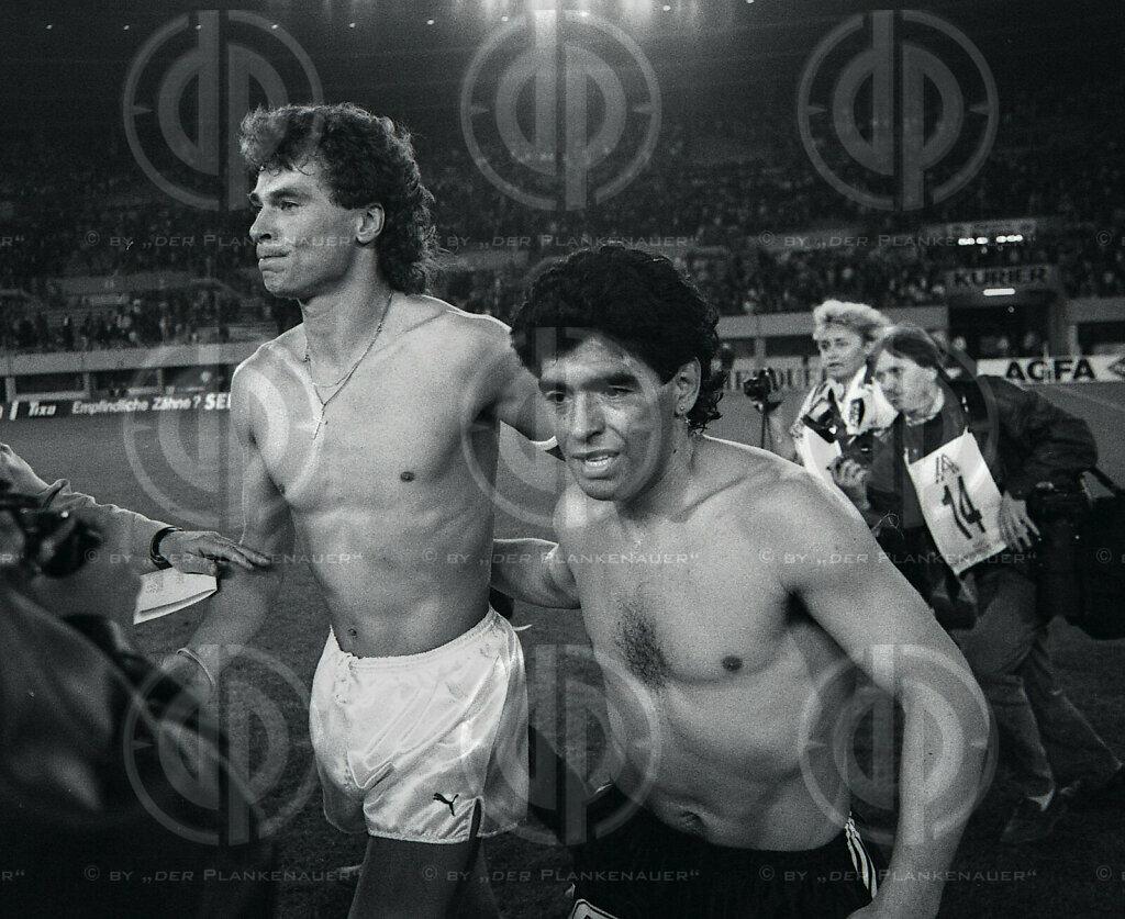 Länderspiel Österreich vs. Argentinien am 03.05.1990